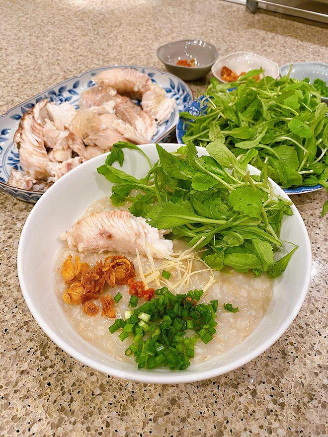 """Dàn sao Việt tấm tắc trước món cháo """"nấu đại"""" của Tăng Thanh Hà - Ảnh 2."""