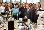 PM figures out measures to improve Vietnamese laborers' skills