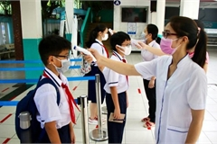 Schools closed in many localities due to new Covid-19 outbreak