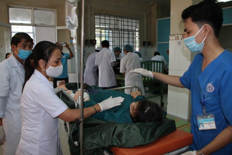 Vụ sạt lở núi vùi lấp ở xã Trà Leng: Cứu sống được 33 người - Ảnh 7.