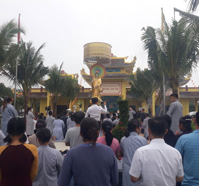 Dân địa phương kể chuyện khám, trị bệnh của ông Võ Hoàng Yên ở chùa - Ảnh 1.