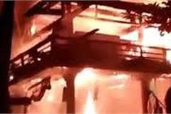 Nhà sàn của bà nội thủ môn Bùi Tiến Dũng cháy rụi
