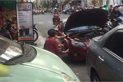 Quá tải dịch vụ tân trang ôtô dịp Tết