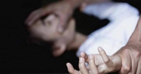 Vào xin nước uống, khống chế hiếp dâm con gái chủ nhà