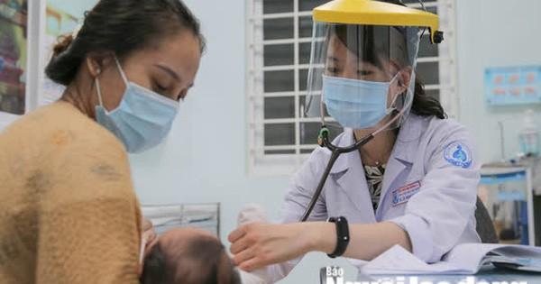 Mức đóng bảo hiểm y tế 2021 của cán bộ, công chức, viên chức và người lao động