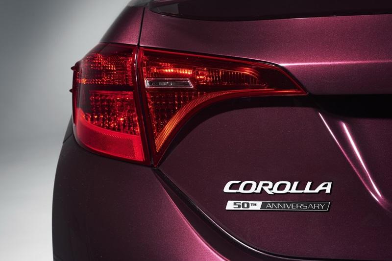 Phiên bản Toyota Corolla 2017 mừng tuổi 50 ra mắt - ảnh 6
