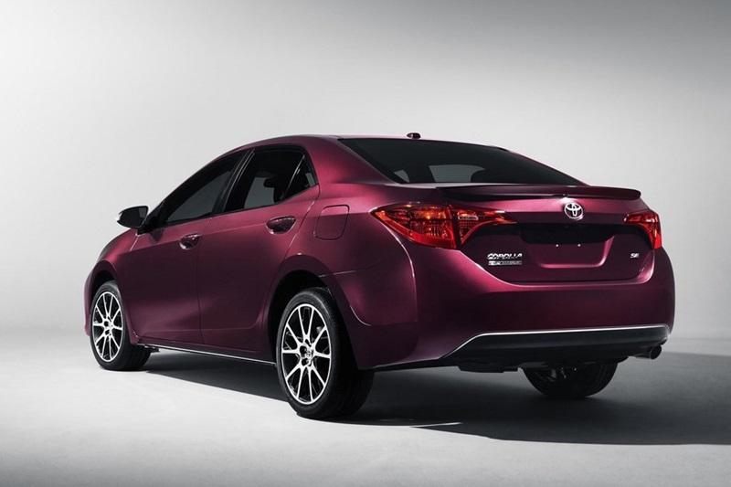 Phiên bản Toyota Corolla 2017 mừng tuổi 50 ra mắt - ảnh 3