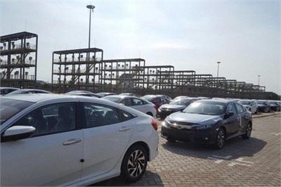 """Tháng cô hồn """"đá bay"""" hơn 3.000 xe nhập khỏi thị trường Việt Nam"""