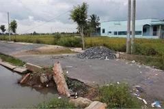 Bí thư và chủ tịch huyện bị kỷ luật vì sai phạm đất đai