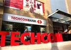 Lương nhân viên ngân hàng cao nhất: Techcombank, MB, Vietcombank dẫn 'top'