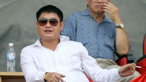 "Bau Thuy lot Top giau nhat TTCK: Dem gia san ""khung"" biet thu, sieu xe-Hinh-3"