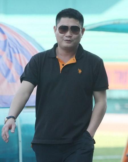 "Bau Thuy lot Top giau nhat TTCK: Dem gia san ""khung"" biet thu, sieu xe-Hinh-8"