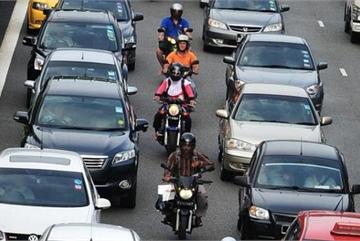 Singapore: Thắt chặt kiểm soát khí thải xe cũ