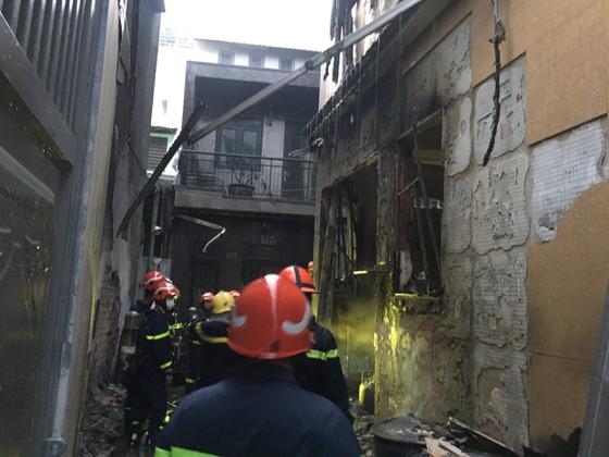 7 người tử vong trong vụ cháy nhà ở quận 11 ảnh 1