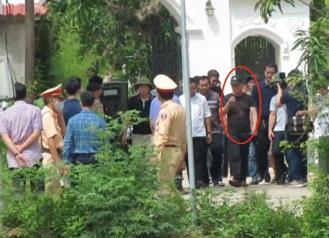 Vụ bắn người ở TP Vinh: Đại tá Công an kể thời khắc nghi phạm đầu hàng, giao nộp súng ảnh 5