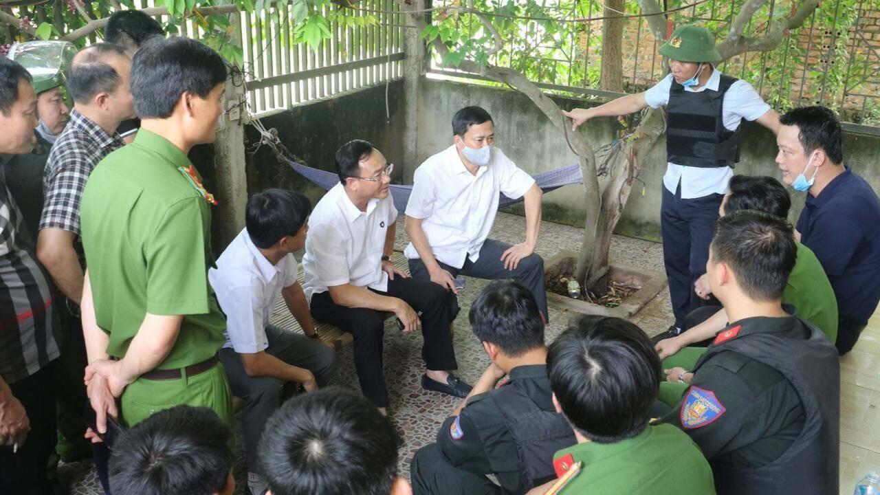 Vụ bắn người ở TP Vinh: Đại tá Công an kể thời khắc nghi phạm đầu hàng, giao nộp súng ảnh 2