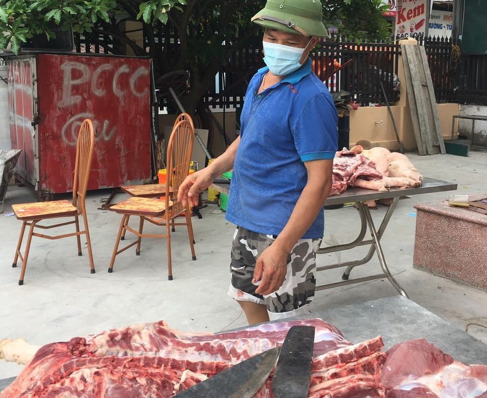 Người Bắc Giang mổ lợn, san gạo cho công nhân vùng tâm dịch ảnh 1