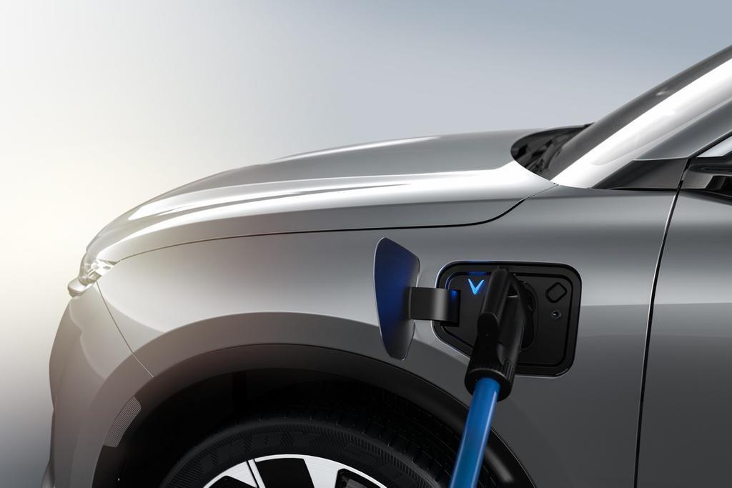 """""""VinFast gánh mọi rủi ro về pin để ô tô điện tiếp cận được số đông người dùng"""" ảnh 5"""