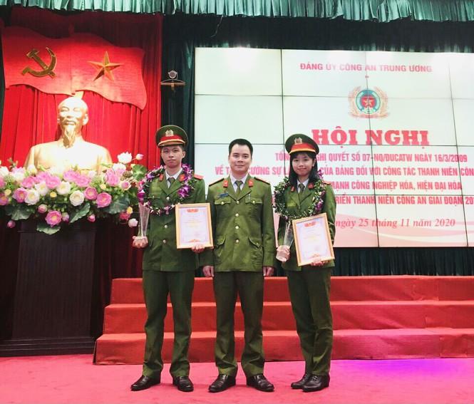 Nữ sinh cảnh sát đến từ Tuyên Quang có bảng thành tích dài kín trang A4 - ảnh 8