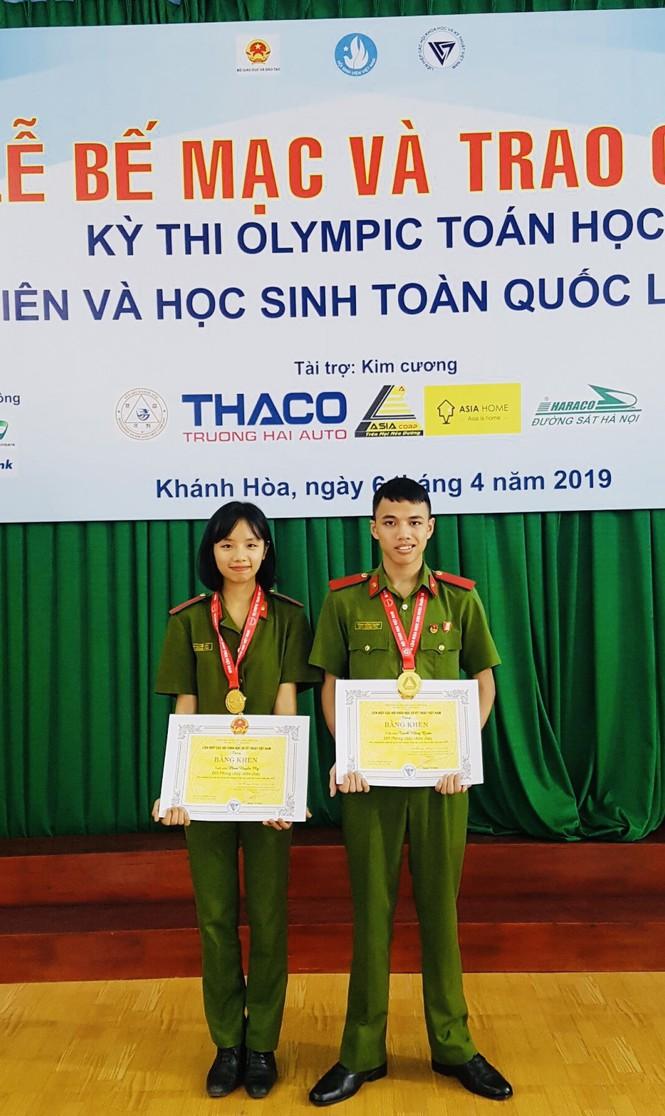Nữ sinh cảnh sát đến từ Tuyên Quang có bảng thành tích dài kín trang A4 - ảnh 7