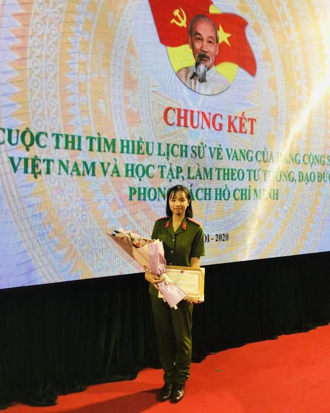 Nữ sinh cảnh sát đến từ Tuyên Quang có bảng thành tích dài kín trang A4 - ảnh 4