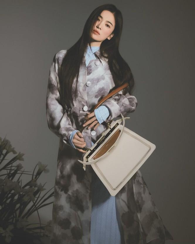 Song Hye Kyo đẹp lãng mạn ngọt ngào như nữ thần mùa xuân - ảnh 9