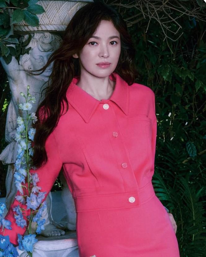 Song Hye Kyo đẹp lãng mạn ngọt ngào như nữ thần mùa xuân - ảnh 1