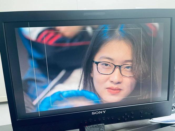 Nữ sinh Ngoại thương là cựu thí sinh Olympia, nổi bật trên hàng ghế khán giả sau 3 năm - ảnh 3