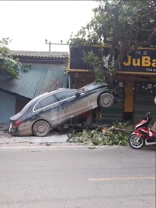 Tá hỏa loạt ôtô 'cam kết' không tai nạn rao bán trên thị trường - ảnh 4
