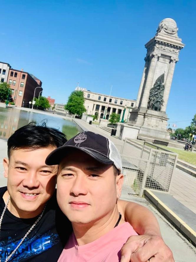 Hàn Thái Tú lên tiếng khi bị chỉ trích tiết lộ nghề nghiệp thật của Vân Quang Long tại Mỹ - ảnh 1