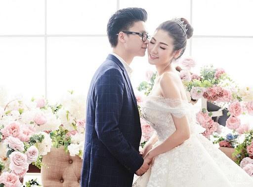 Top 3 HHVN 2012: Hoa hậu Đặng Thu Thảo và 2 á hậu đều có hôn nhân viên mãn - ảnh 10