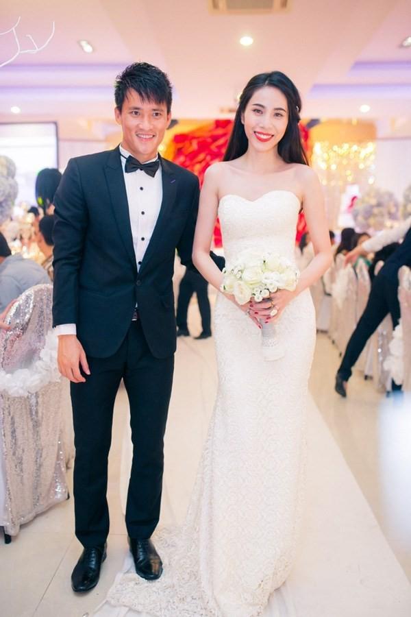 'Cặp đôi tuổi Sửu' Công Vinh – Thủy Tiên: Yêu đến cưới đáng ngưỡng mộ - ảnh 9