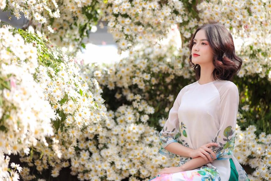 Hoa khôi Đại học Ngoại thương từng thi Hoa hậu Việt Nam 2020 giờ ra sao? - ảnh 8