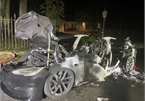Tesla Model S bốc cháy, dấy lên những nghi ngại về độ an toàn của chiếc xe siêu hiệu năng