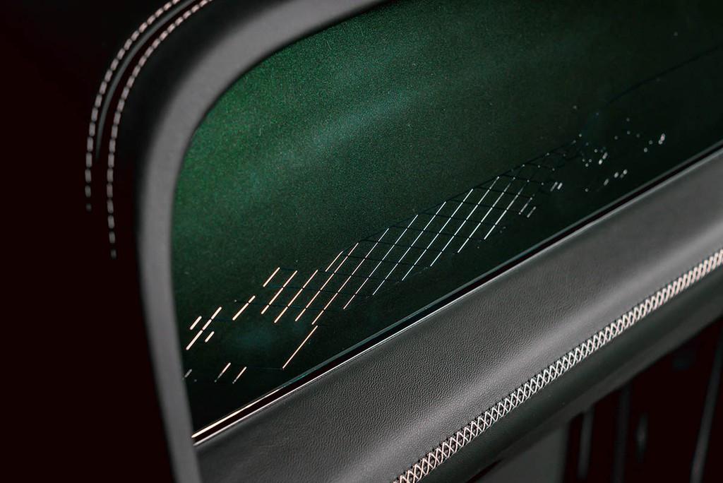 """Chiêm ngưỡng Bentley Bentayga Hybrid Mulliner màu """"Ngọc Lục Bảo"""" siêu đẹp! ảnh 7"""