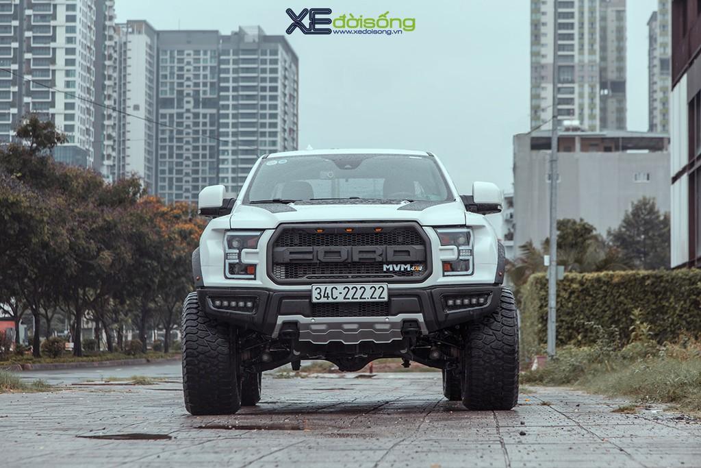 """Xưởng độ Sài Gòn """"biến hình"""" Ford Ranger thành F-150 Raptor siêu ngầu ảnh 5"""