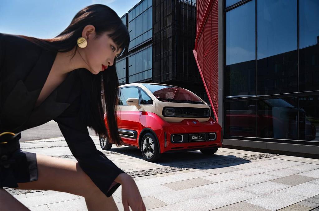 Ngắm KiWi EV cá tính với 6 phong cách thời trang ấn tượng ảnh 7