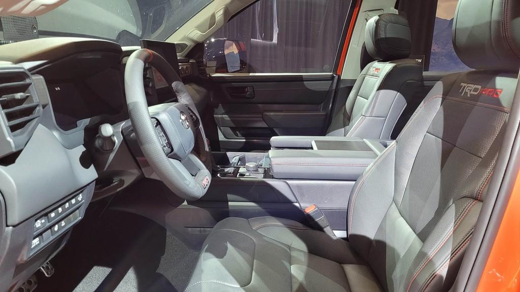 """Cận cảnh bán tải """"full-size"""" Toyota TUNDRA 2022 thế hệ mới vừa ra mắt toàn cầu ảnh 18"""