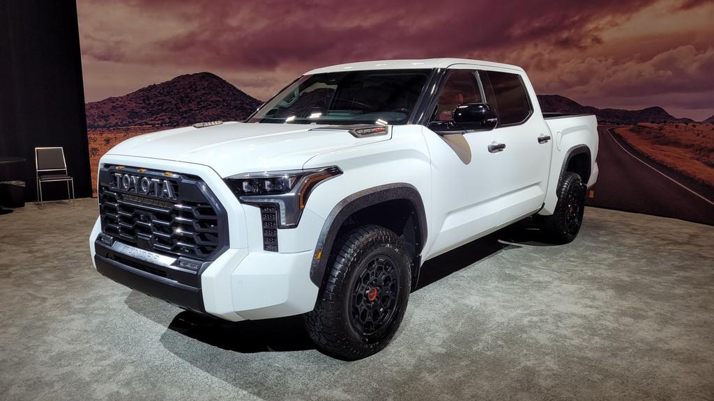 """Cận cảnh bán tải """"full-size"""" Toyota TUNDRA 2022 thế hệ mới vừa ra mắt toàn cầu ảnh 4"""