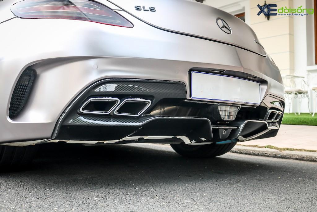 """Siêu xe """"cánh chim"""" Mercedes SLS AMG tại Sài Gòn với nhiều chi tiết mang dấu ấn cá nhân ảnh 8"""