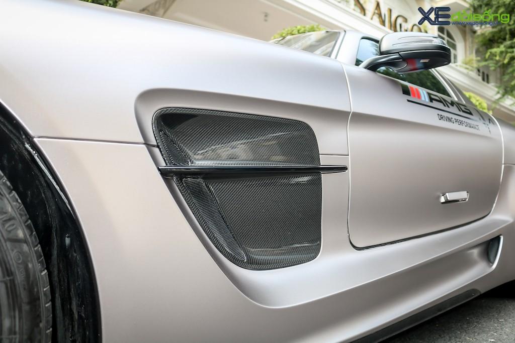 """Siêu xe """"cánh chim"""" Mercedes SLS AMG tại Sài Gòn với nhiều chi tiết mang dấu ấn cá nhân ảnh 9"""