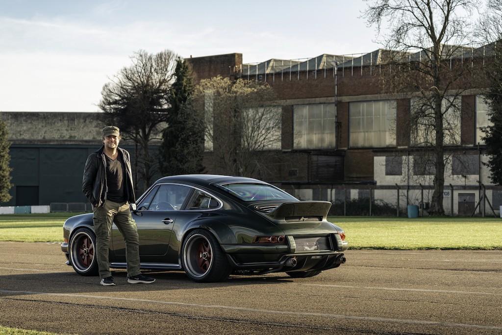 """Siêu phẩm Porsche 911 hoàn hảo từ Singer """"ra lò"""", thét giá lên tới 41,5 tỷ ảnh 3"""