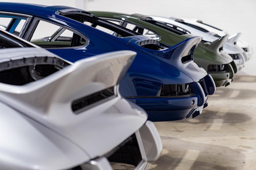 """Siêu phẩm Porsche 911 hoàn hảo từ Singer """"ra lò"""", thét giá lên tới 41,5 tỷ ảnh 8"""