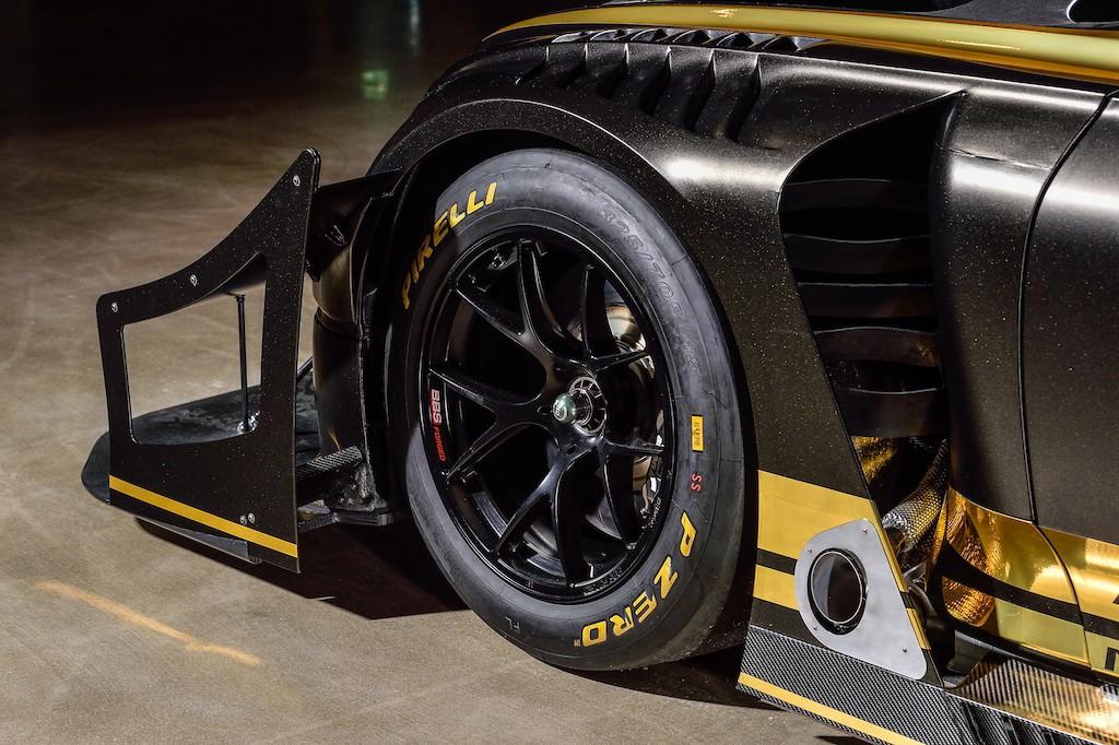 """Diện kiến chiếc Bentley Continental GT """"khủng"""" nhất mọi thời đại, được tạo ra để đạt 2 dấu ấn lịch sử ảnh 8"""