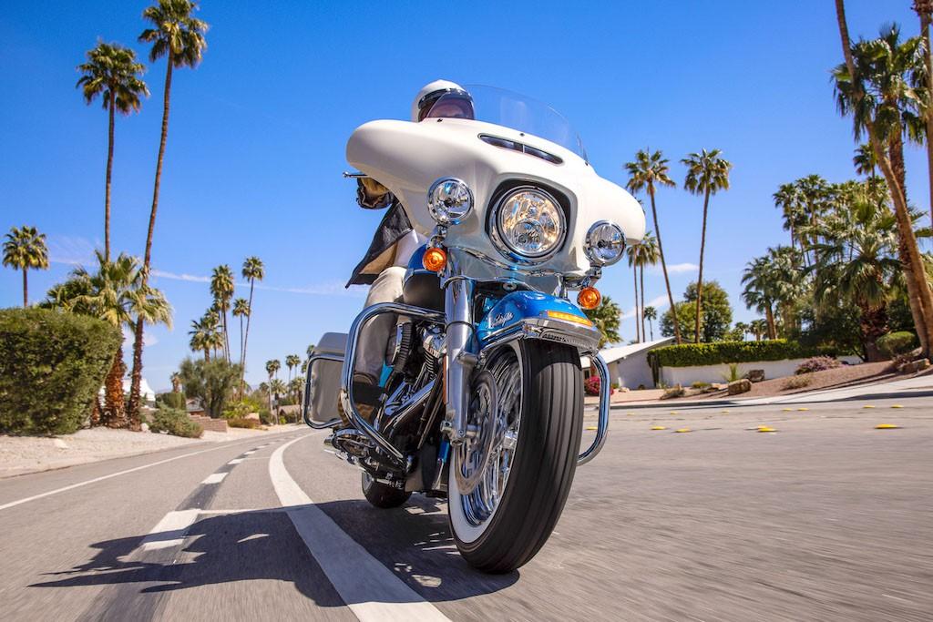Người chơi hệ hoài cổ và các biker già chuẩn bị xếp hàng để mua được chiếc Harley-Davidson đặc biệt này! ảnh 8