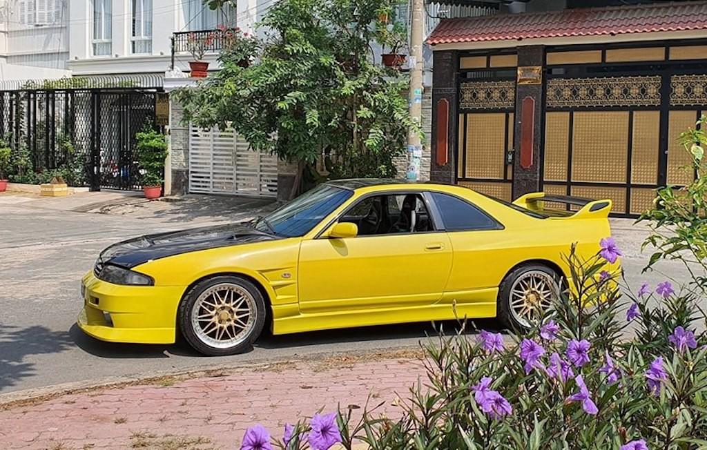 """Chiếc Nissan khoảng 25 năm tuổi đời vẫn được chủ xe """"thét giá"""" hơn 3 tỷ tại Sài Gòn! ảnh 1"""