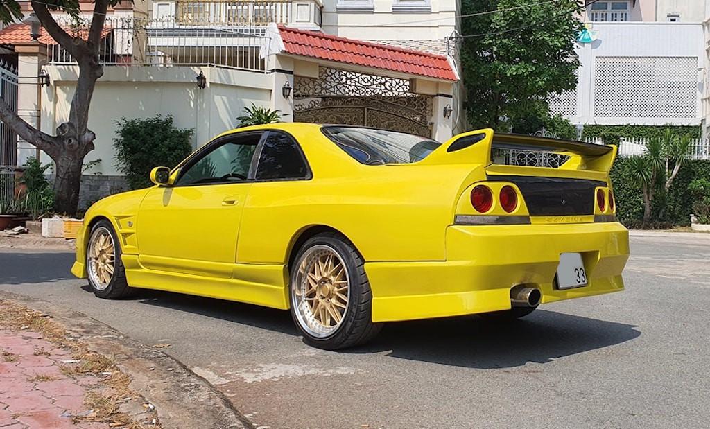"""Chiếc Nissan khoảng 25 năm tuổi đời vẫn được chủ xe """"thét giá"""" hơn 3 tỷ tại Sài Gòn! ảnh 3"""