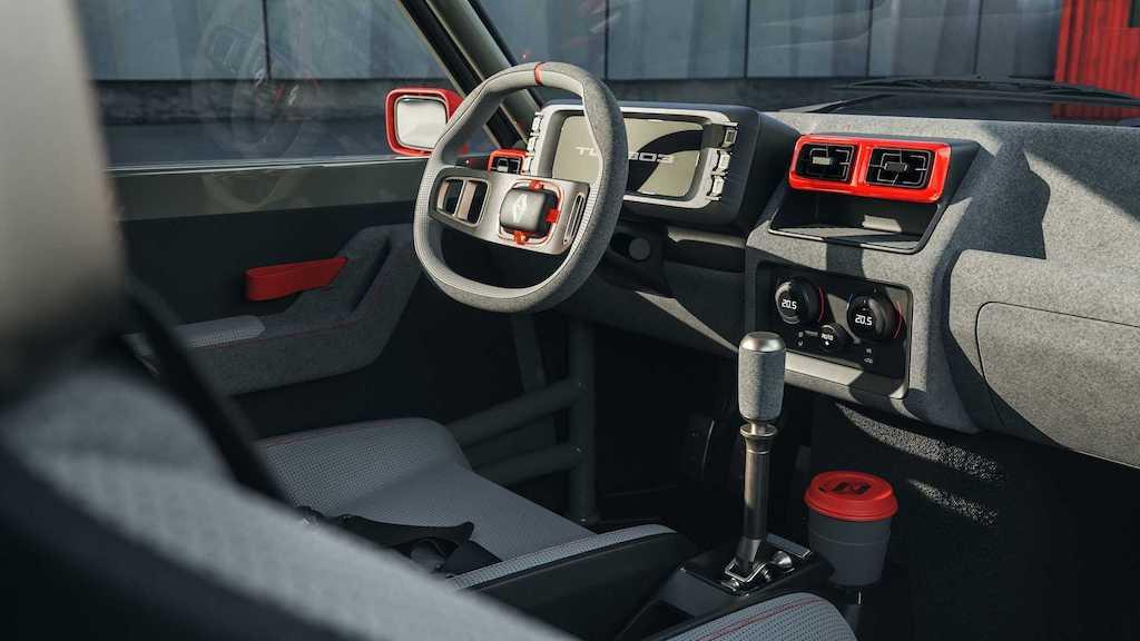 """Lại có thêm huyền thoại rally thập niên 80 được """"hồi sinh"""", lần này dựa trên hatchback hạng B rẻ tiền nhà Renault ảnh 5"""