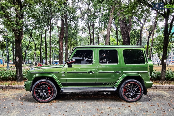 'Mát mắt' khi nhìn SUV hàng hot Mercedes-AMG G63 Edition màu cực nổi trên phố Sài Gòn