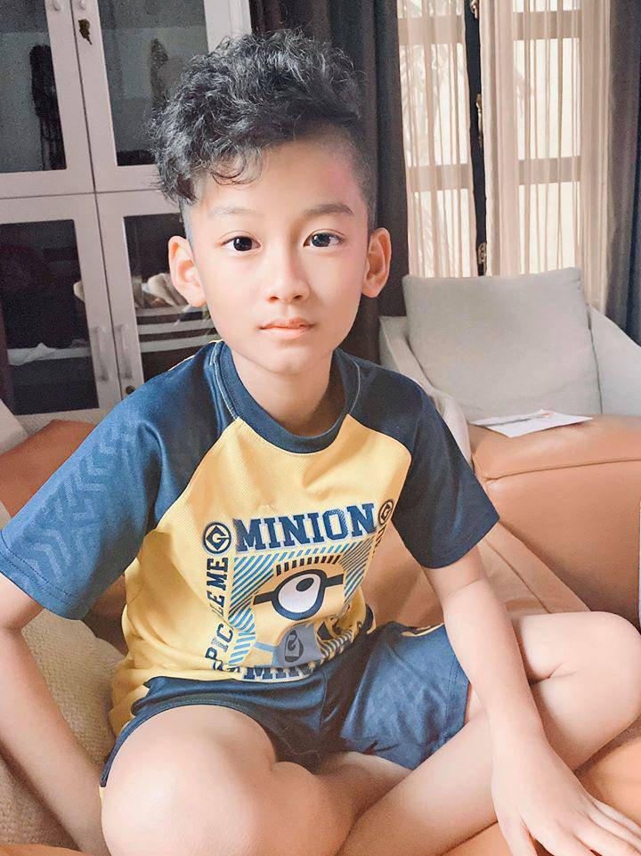 Con trai Lệ Quyên mới 9 tuổi cao gần bằng mẹ, thổ lộ muốn có em để chơi cùng - Ảnh 4.